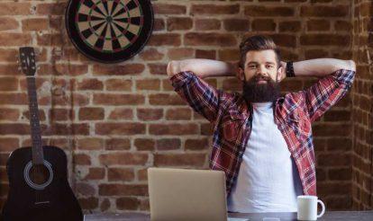 Bearded-businessman-working